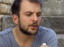 Nils Frahm (de) – Interview at Dimensions Festival 2014